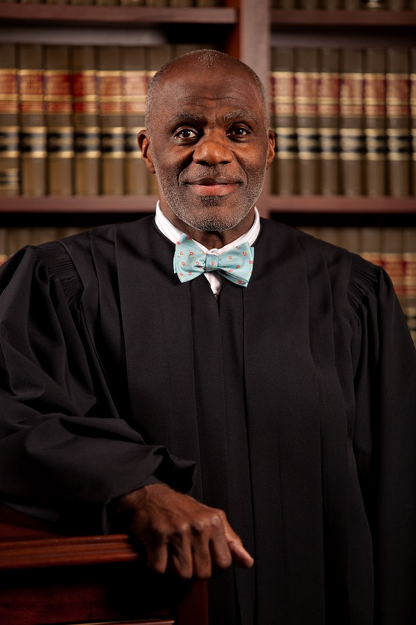 Alan Page photo by Pearson Studios